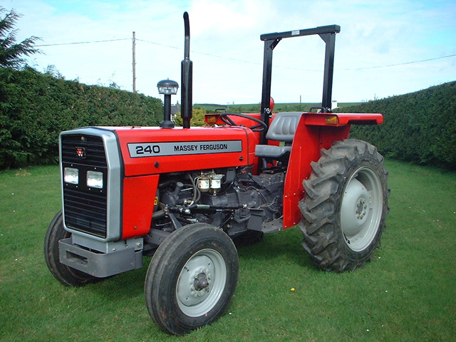 mf 240 tractor specifications