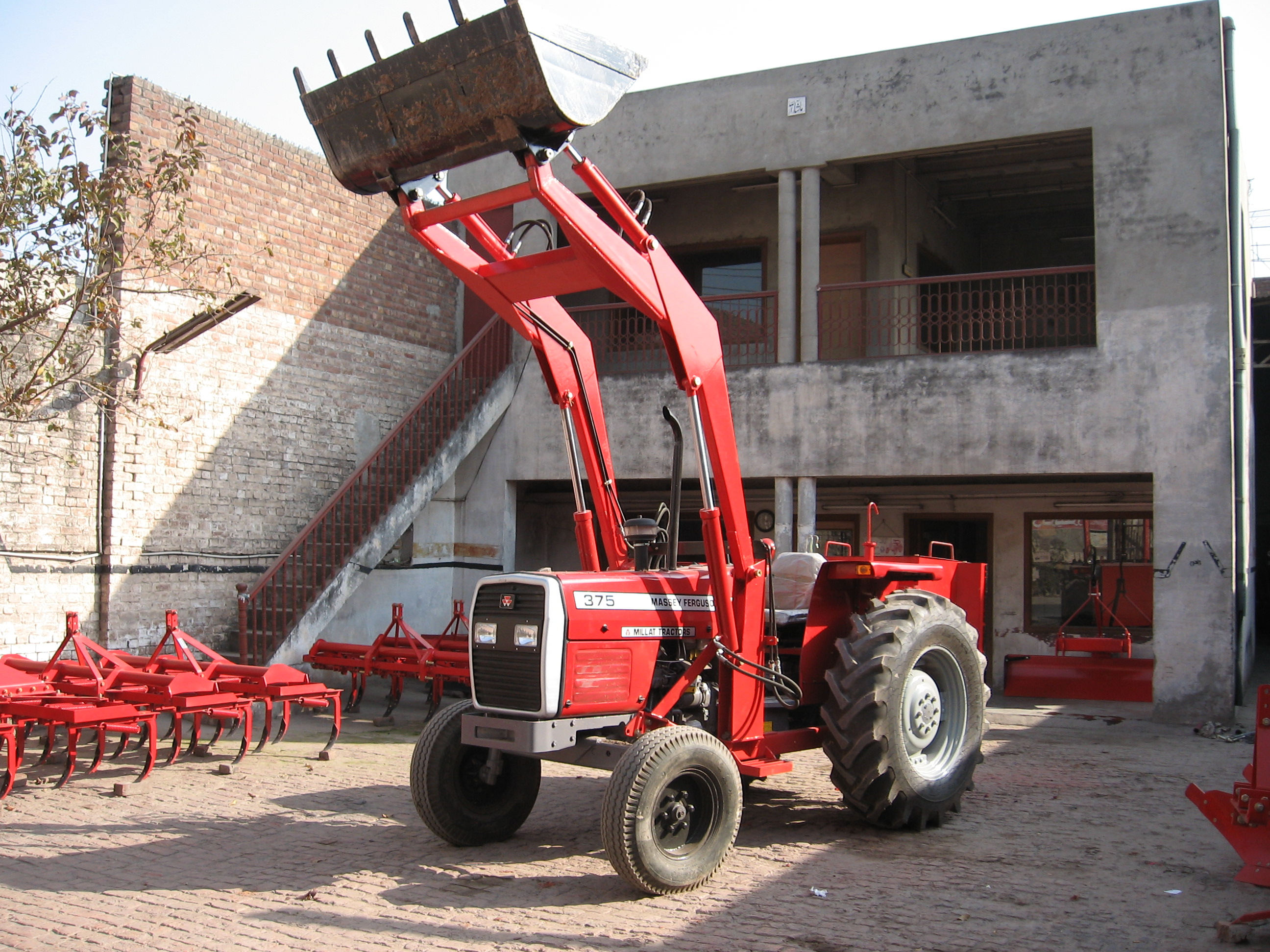 Commercial Front End Loader